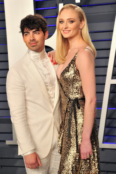 joe-jonas-sophie-turner-red-carpet-baby