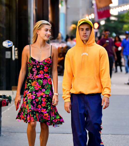 hailey-justin-bieber-couple-celebrity-street-style