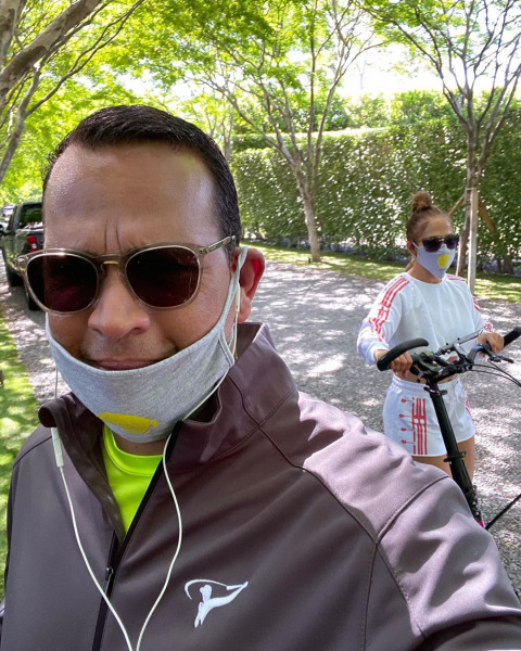 jennifer-lopez-work-out-routine-fitness-arod-family