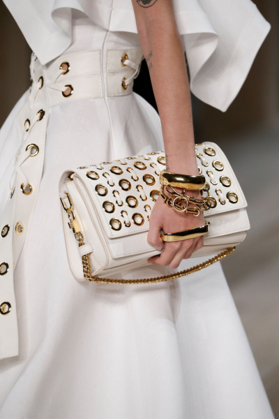 alexander-mcqueen-story-shoulder-bag